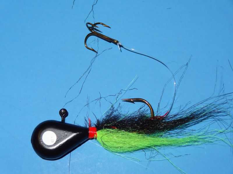 Black head, Black and Chartreuse tail - 138
