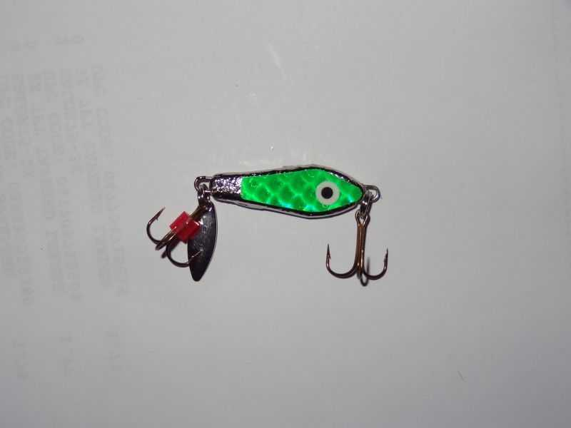 Blade bait, Green Die Cut body - 267